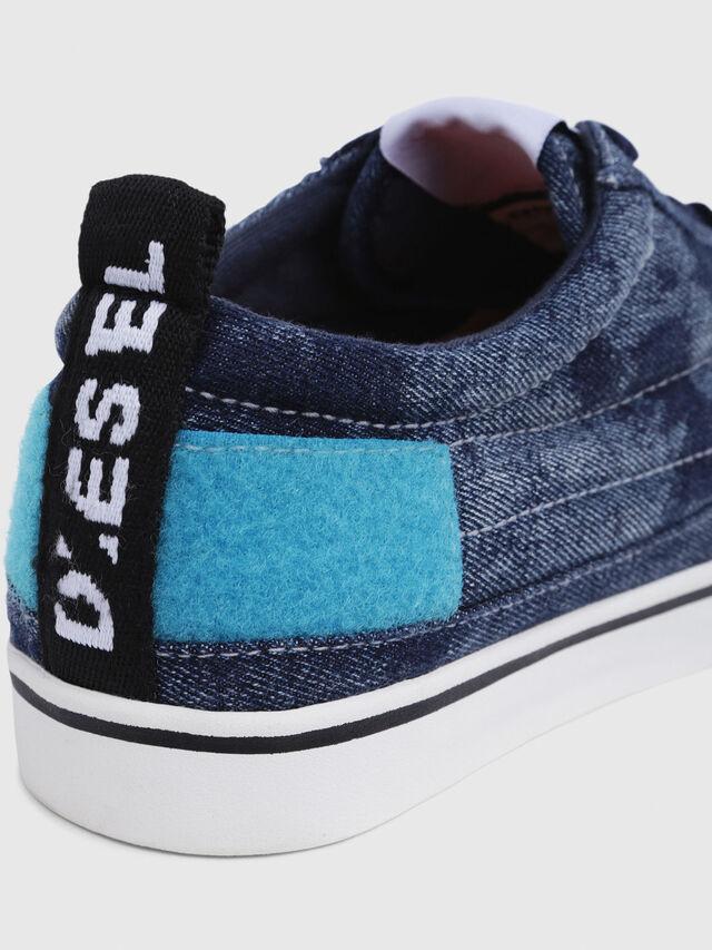 Diesel - D-VELOWS LOW PATCH, Blu Jeans - Sneakers - Image 6