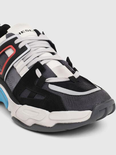 Diesel - S-KIPPER LOW TREK II, Grigio/Bianco - Sneakers - Image 5