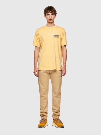 Diesel - T-JUBINDY-B1, Giallo - T-Shirts - Image 4