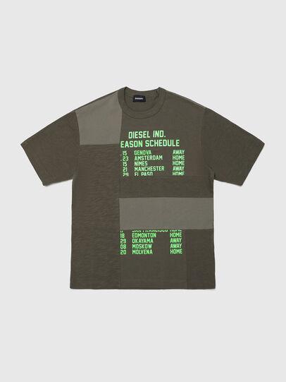 Diesel - TATCHWORK OVER, Verde Militare - T-shirts e Tops - Image 1