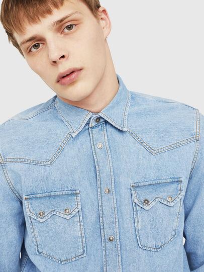 Diesel - D-LEO, Blu Jeans - Camicie in Denim - Image 4
