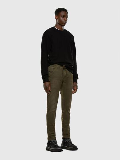 Diesel - KROOLEY JoggJeans® 0670M, Verde Scuro - Jeans - Image 5