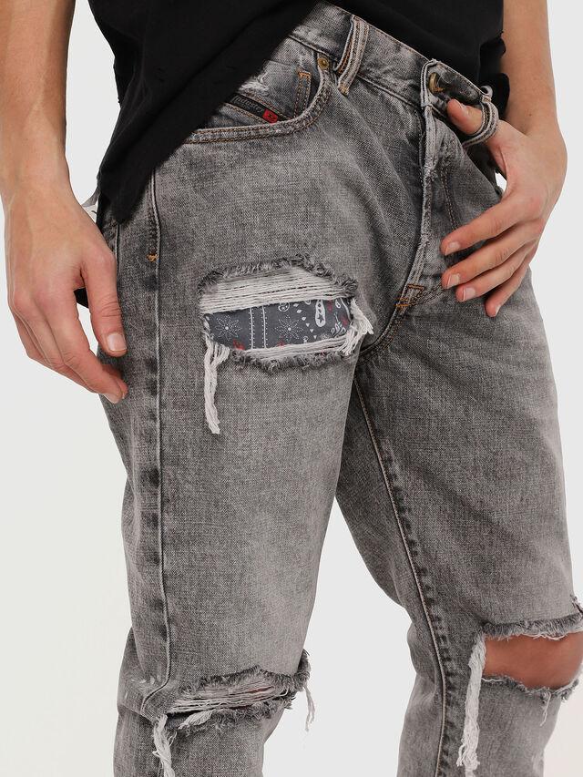 Diesel - Mharky 089AT, Grigio Chiaro - Jeans - Image 4