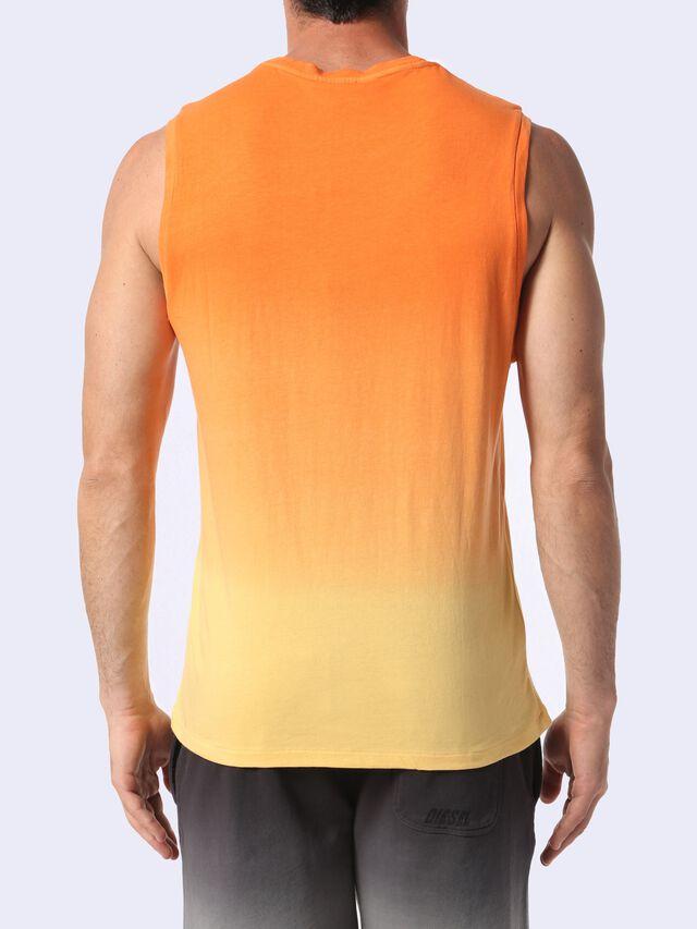 BMOWT-ADAMY, Arancione