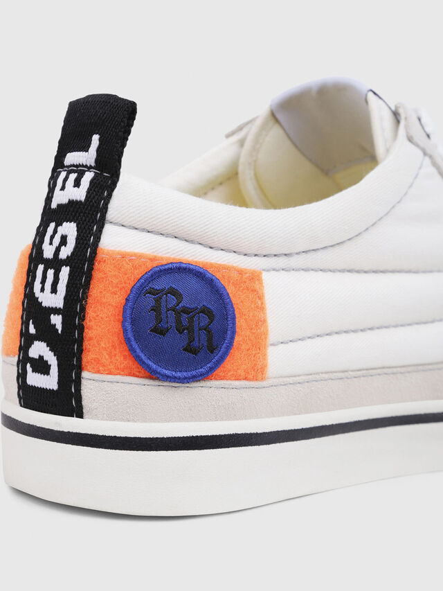 Diesel - D-VELOWS LOW PATCH, Bianco - Sneakers - Image 5