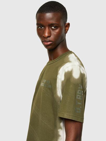 Diesel - T-JUBIND-SLITS-A3, Verde Militare - T-Shirts - Image 3