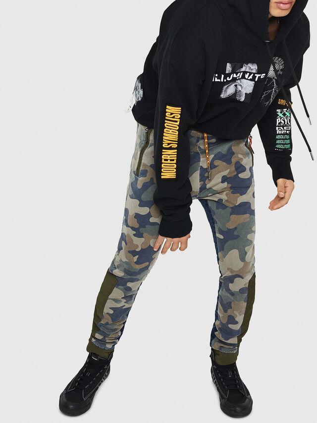 Diesel - D-Eeley JoggJeans 0GAUU, Verde Camo - Jeans - Image 5