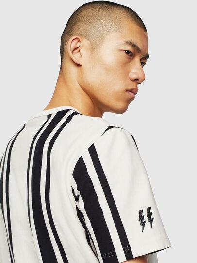 Diesel - T-STRIP-J1, Bianco/Nero - T-Shirts - Image 3