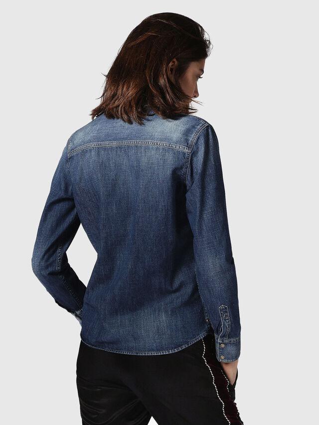 Diesel DE-KERI, Blu Jeans - Camicie in Denim - Image 3
