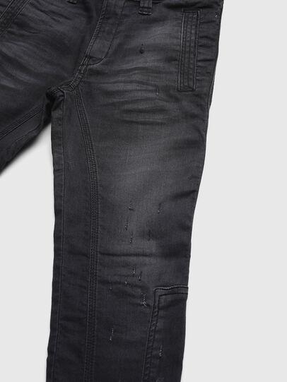 Diesel - D-EARBY JOGGJEANS-J, Nero - Jeans - Image 3