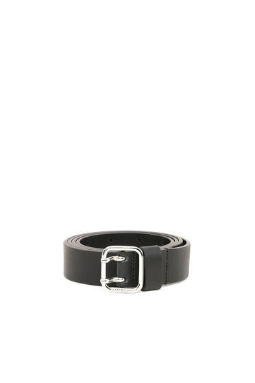 Cintura in pelle a grana con punta quadrata
