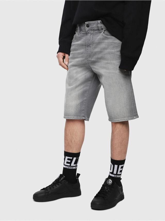 Diesel - THOSHORT, Grigio Jeans - Shorts - Image 1