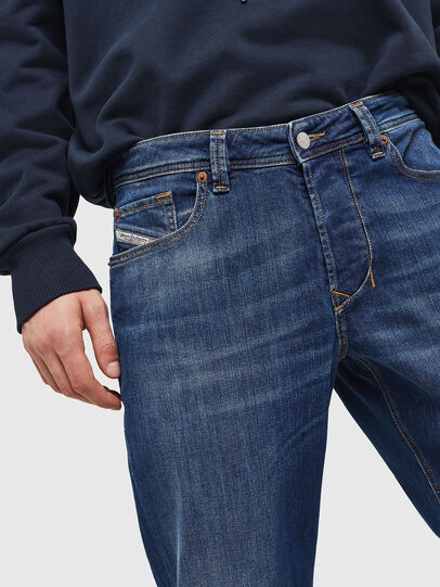 Diesel - Larkee-Beex 082AZ, Blu Scuro - Jeans - Image 3
