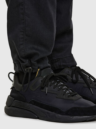 Diesel - D-Skint JoggJeans 069PC, Nero/Grigio scuro - Jeans - Image 5