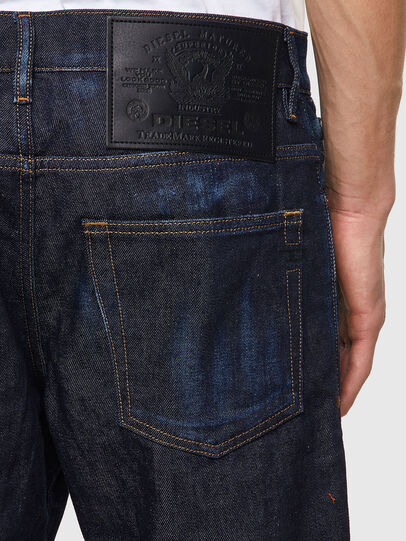 Diesel - D-Fining 09A20, Blu Scuro - Jeans - Image 3