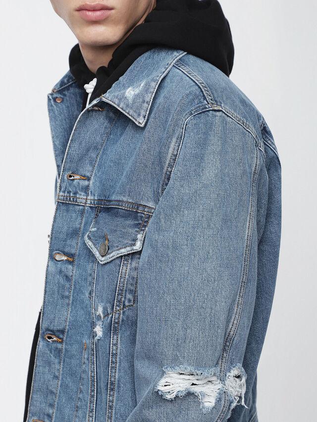 D-ROBYN, Blu Jeans