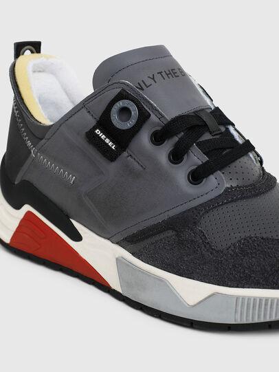 Diesel - S-BRENTHA LC, Grigio - Sneakers - Image 5