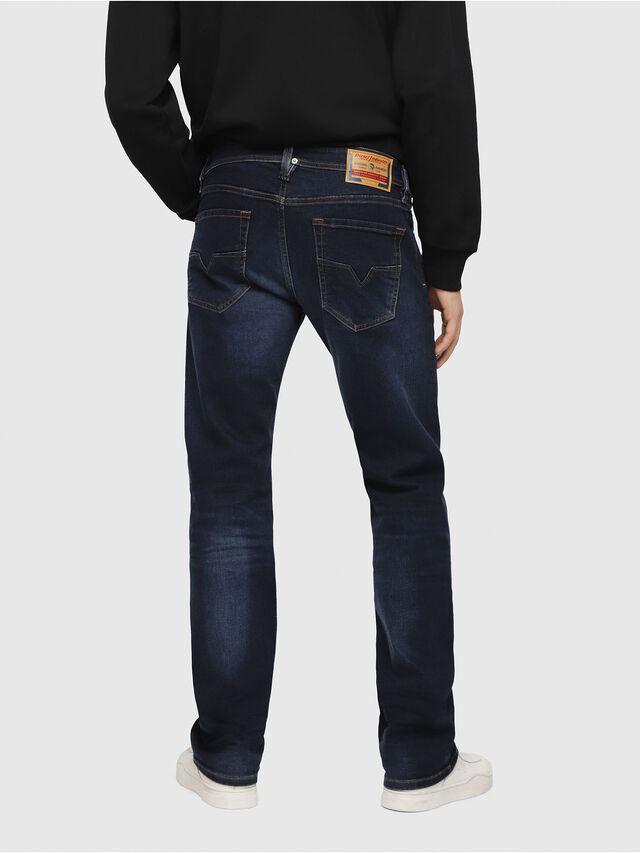 Diesel - Larkee C84VG, Blu Scuro - Jeans - Image 2