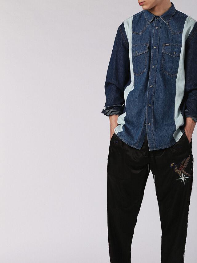 D-ARHUS, Blu Jeans