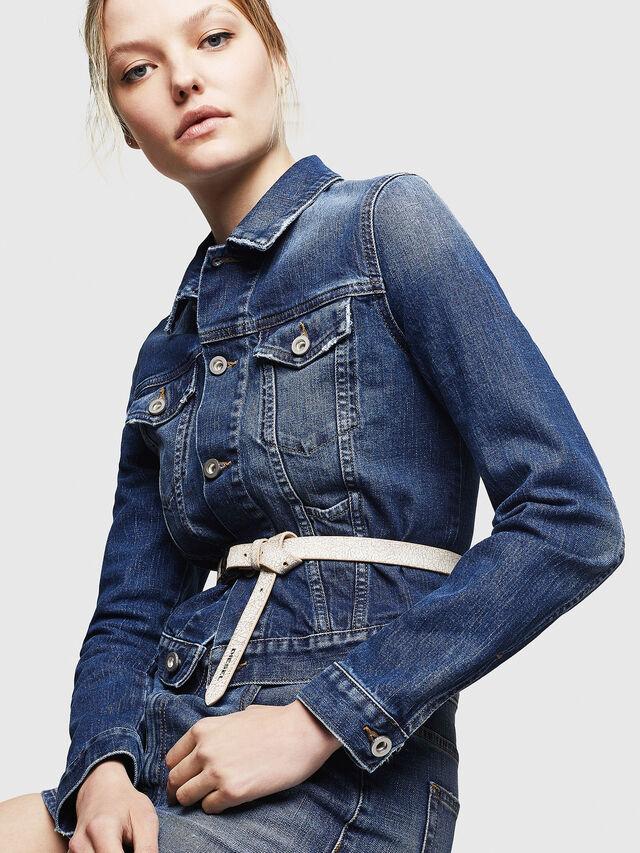 Diesel - DE-LIMMY, Blu Jeans - Giacche in denim - Image 4