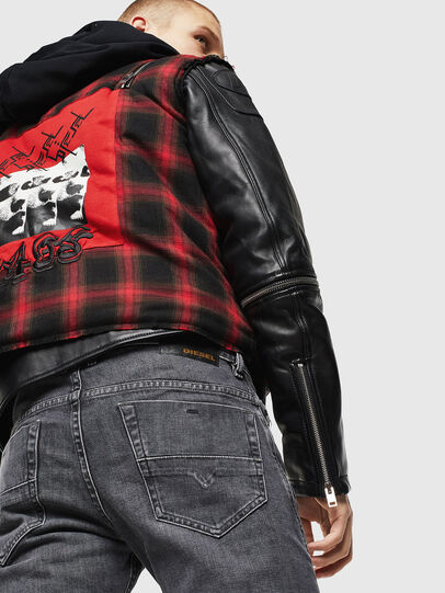 Diesel - Thommer 0095I, Nero/Grigio scuro - Jeans - Image 5