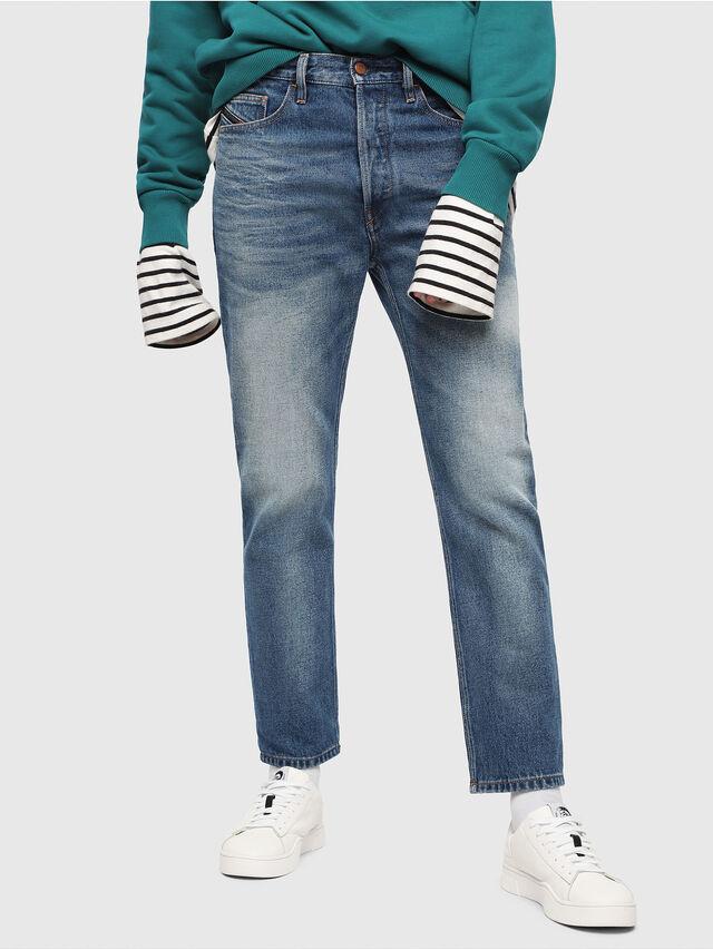 Diesel - D-Aygle 0076Y, Blu medio - Jeans - Image 1