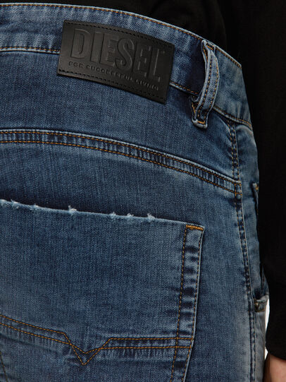 Diesel - KROOLEY JoggJeans® 069NL, Blu medio - Jeans - Image 4