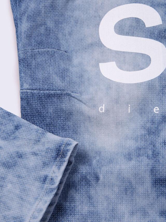 NARROT-R-J-N, Blu Jeans