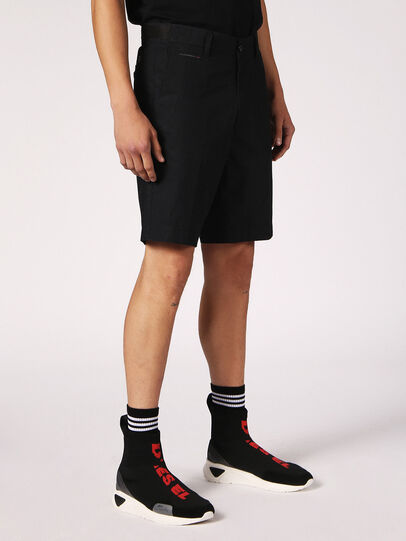 Diesel - CHI-DRIVE, Nero - Shorts - Image 5