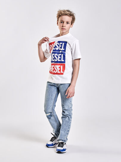 Diesel - TJUSTZC OVER,  - T-shirts e Tops - Image 4
