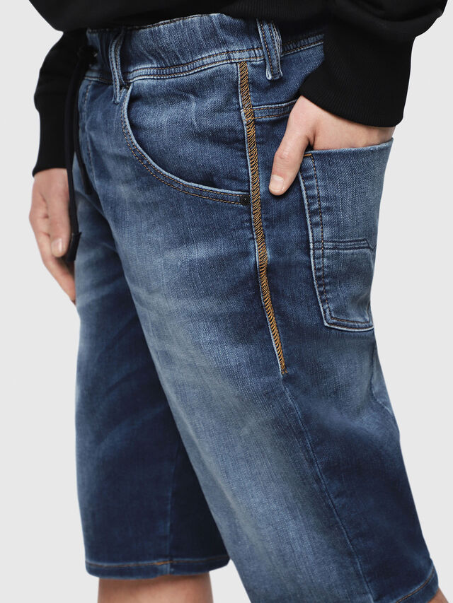 Diesel - D-KROOSHORT JOGGJEANS, Blu Scuro - Shorts - Image 3