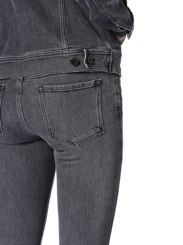 WOSET, Nero Jeans