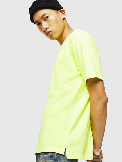 Diesel - T-JUST-SLITS-FLUO, Giallo Fluo - T-Shirts - Image 5