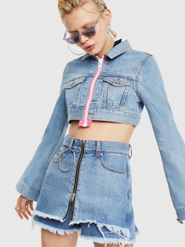 Diesel - DE-ZAUPY-C, Blu Jeans - Giacche in denim - Image 1
