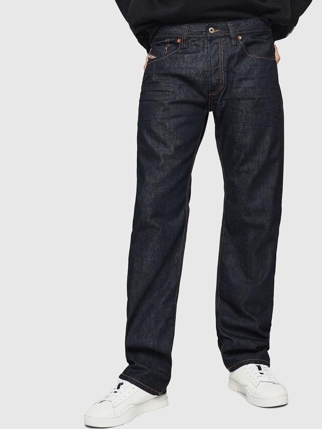 Diesel - Larkee-Relaxed 0088Z, Blu Scuro - Jeans - Image 1