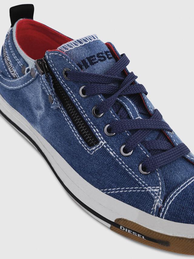 Diesel - EXPO-ZIP LOW W, Blu Jeans - Sneakers - Image 4