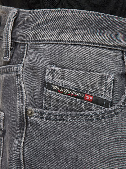 Diesel - D-STRUKT-SHORT, Nero - Shorts - Image 3