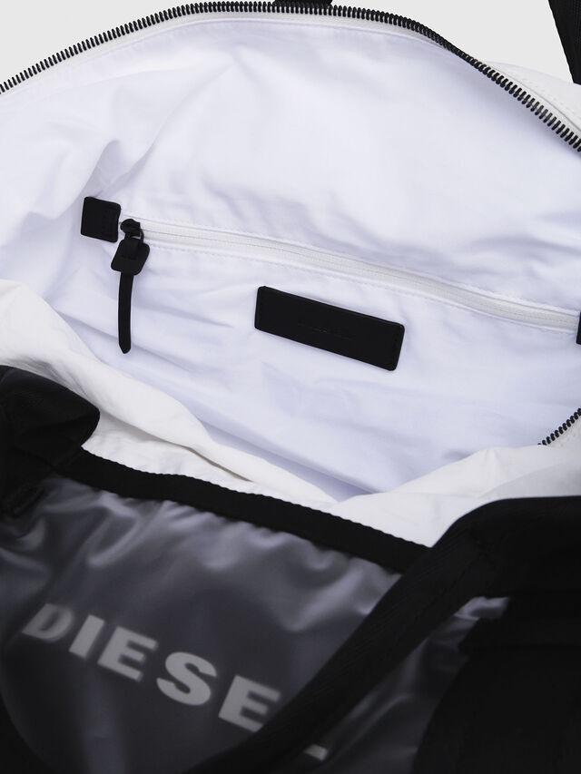 Diesel - M-CAGE DUFFLE M, Bianco/Nero - Borse da viaggio - Image 3