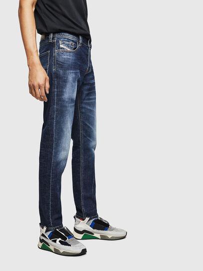 Diesel - Larkee-Beex 083AU, Blu Scuro - Jeans - Image 5
