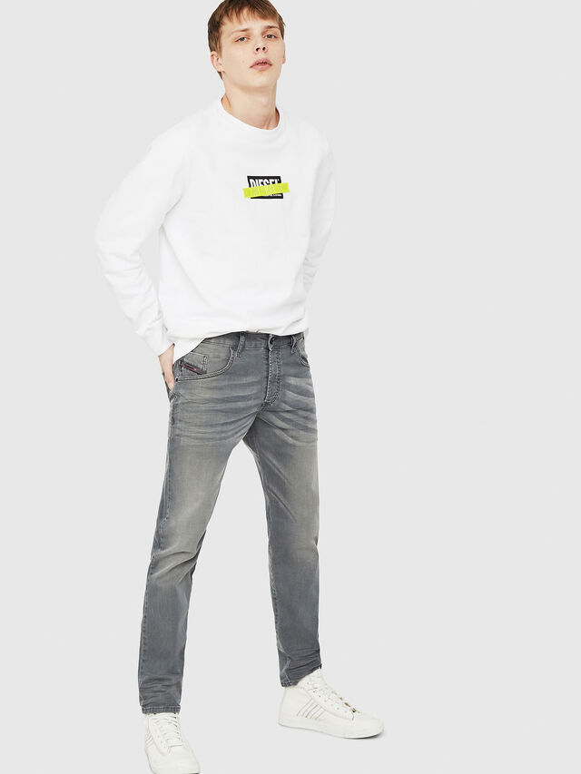 Diesel - D-Bazer 0699P, Grigio Jeans - Jeans - Image 4