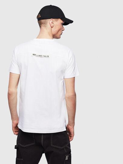 Diesel - T-RABEN-POCKET, Bianco - T-Shirts - Image 2