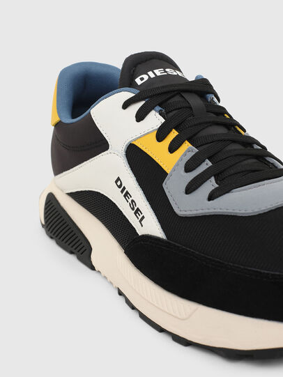 Diesel - S-TYCHE LOW CUT, Nero/Bianco - Sneakers - Image 4