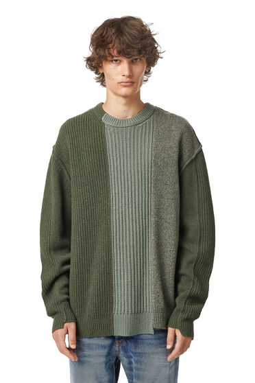Pullover patchwork asimmetrico in lana