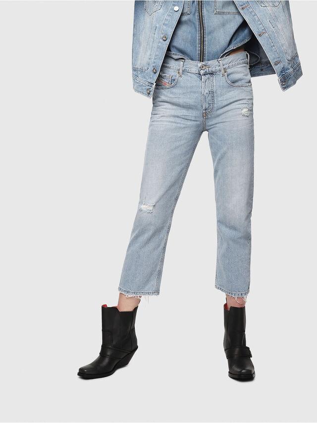 1e602491a0 ARYEL 080AF Donna: Straight Jeans Blu chiaro | Diesel