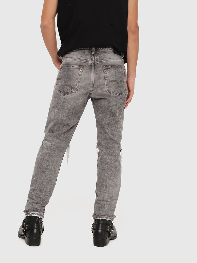 Diesel - Mharky 089AT, Grigio Chiaro - Jeans - Image 2
