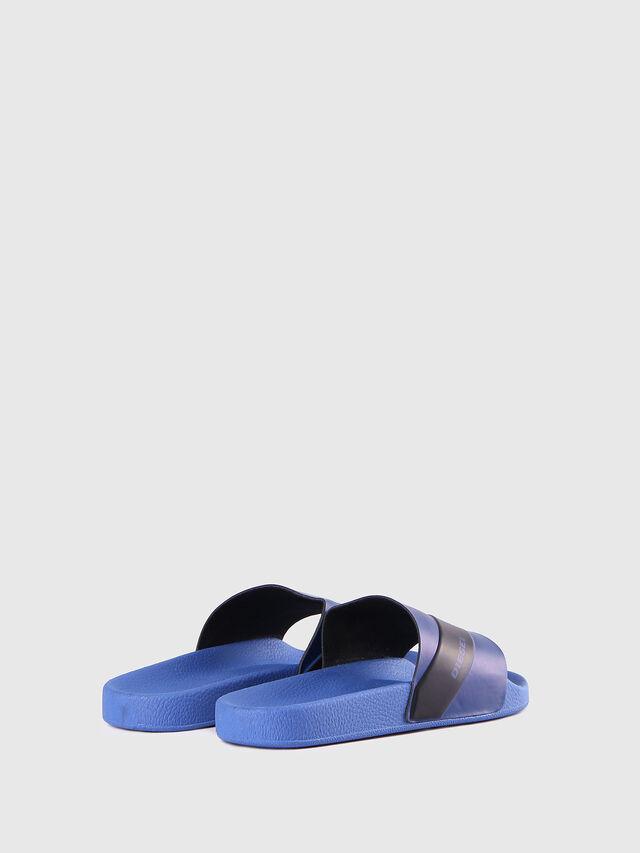 SA-MARAL, Blu