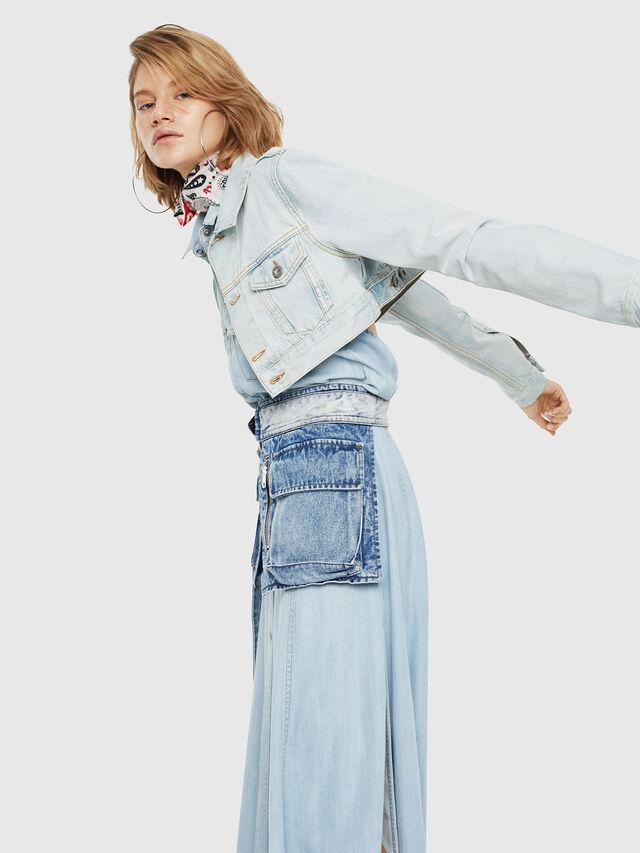 Diesel - DE-ZAUPY, Blu Jeans - Giacche in denim - Image 4