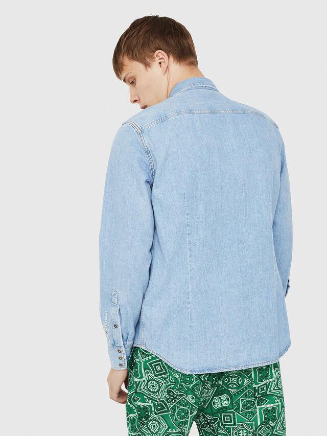 Diesel - D-LEO, Blu Jeans - Camicie in Denim - Image 2