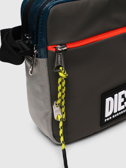Diesel - VERTYO, Nero - Borse a tracolla - Image 4