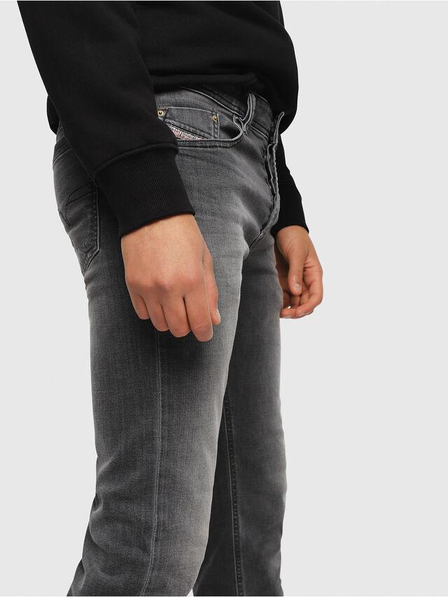 Diesel - Waykee 0662U, Nero/Grigio scuro - Jeans - Image 3
